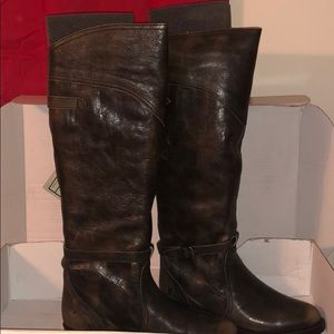 Frye Dorado Lug Riding Boots Size 9 (US) Brand New